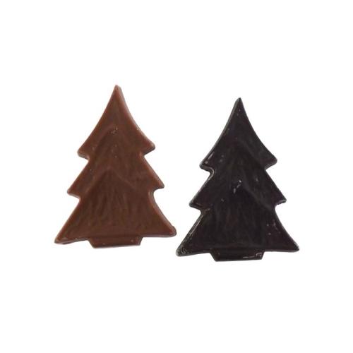 Csoki fenyőfák fóliában