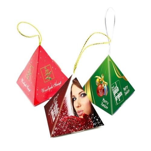 Reklám csokoládé piramis alakú dobozban