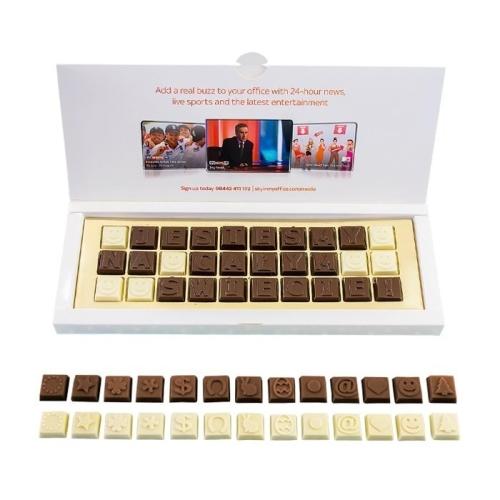 Csokoládé üzenet kartondobozban