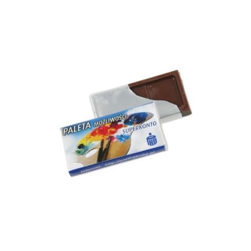 Papírba csomagolt reklám csokoládé