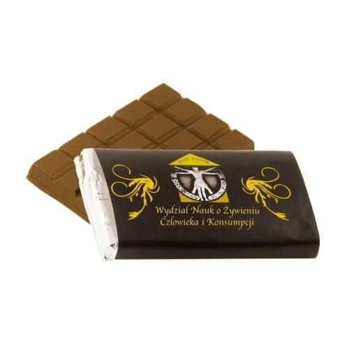 Aranypapírba csomagolt mini reklámcsoki